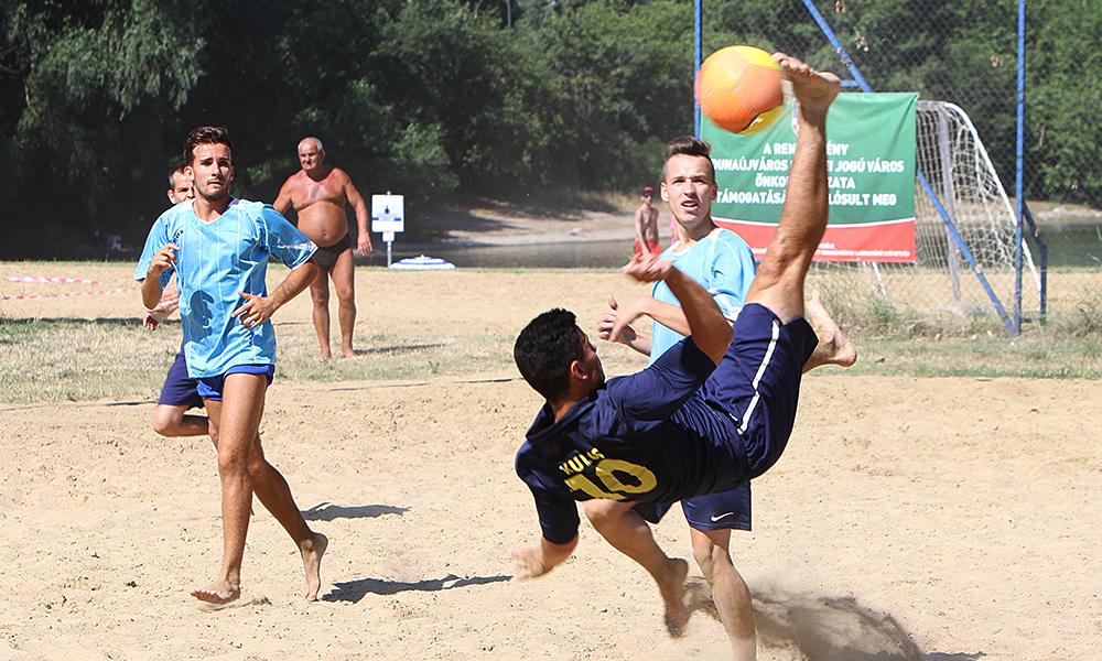 A dunaújvárosi szabad strand profi sportrangadóknak is otthont ad
